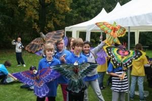 29-10 Scholieren met vlinders3