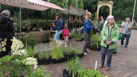 Plantenmarkt 2016