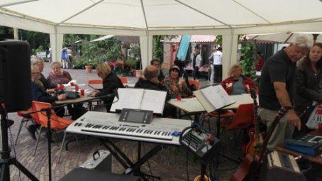 Plantenmarkt muziek